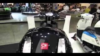 9. 2014 Kymco Like 50 4T Scooter Walkaround