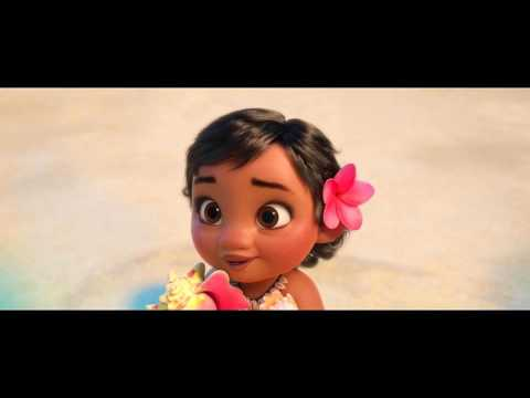 Moana - Moana Meets the Ocean