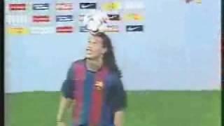 Download Video Presentación Ronaldinho en el Camp Nou MP3 3GP MP4