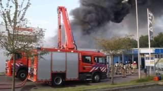 Download Lagu grote brand  Christiaan  Huygen weg   Hellevoetsluis  04 07 2016 Mp3