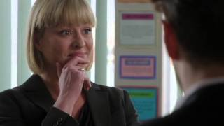 Christine Catches 'Twinkle' And Ms. Spark: Waterloo Road