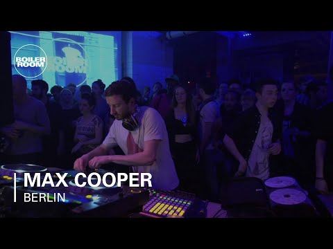 berlin - FOR AUDIO: http://bit.ly/1jAOLVw → SUBSCRIBE TO BOILER ROOM: *http://bit.ly/1bkrHWL* The humble scientist gets WILD → FOLLOW US HERE FOR MORE FUN: Facebook...