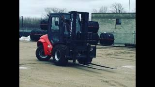 Maximal Compact 4 Wheel Drive Forklift Tight Turning Radius