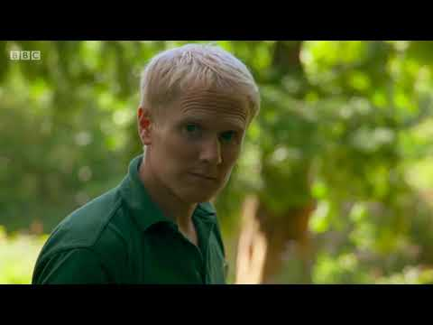 BBC The Zoo series 1 episode 6 - The Monster of Flamingo Lagoon
