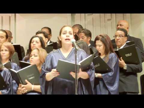 Orfeon De Santiago  Ave Maria Franz Schubert) Concierto de verano 2013