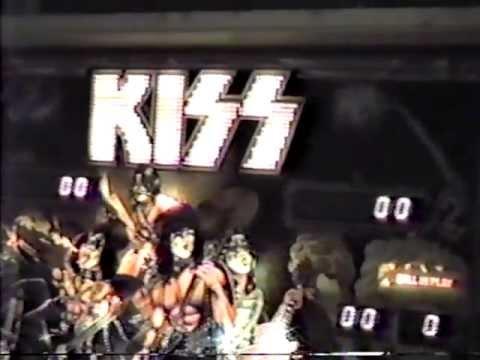 KISS Pinball Machine & old posters - April 28, 1988