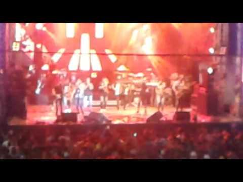 Gabriel Diniz em Igarassu PE - Bumbum no chão - Música Nova AO VIVO
