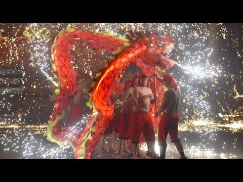 Menschen weltweit feiern das chinesische Neujahr