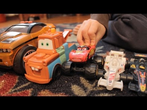 CARS 2 TOW MATER toys kids playing fun LIGHTNING MCQUEEN Disney movie story