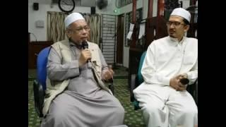 Video WAJIB TONTON Part 2- Wacana Paradoks Sejarah Melayu bersama tokoh Penulis Ustaz Rohidzir Rais MP3, 3GP, MP4, WEBM, AVI, FLV April 2019