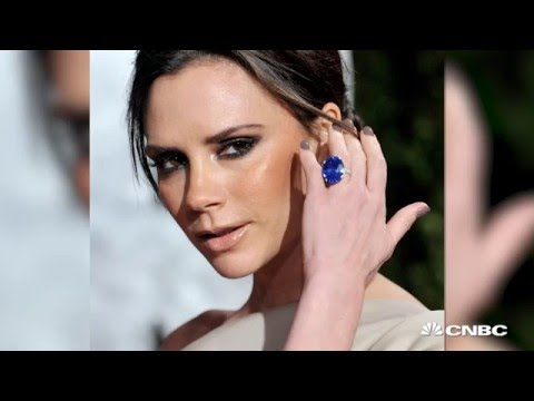 What did celebs choose for their engagement rings? | CNBC International