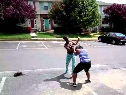 Crazy girl fight!