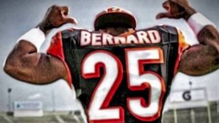 Giovani Bernard = Little but powerful. Sorry about how choppy the music is, I promise you my next video won't be choppy.
