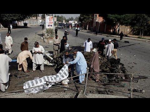 Πακιστάν: Τουλάχιστον 24 νεκροί μετά από τριπλή βομβιστική επίθεση