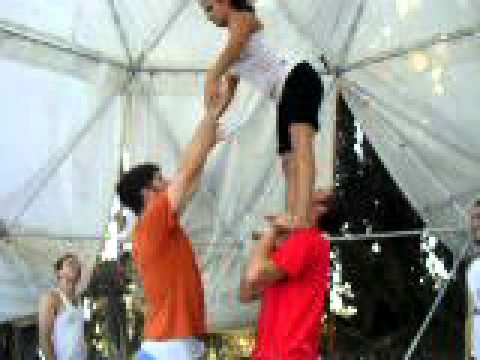 acro31 - an acrobalance clip from Yanai's workshop at Shabazi Circus. September 2010. Transfering the flyer from base to base.