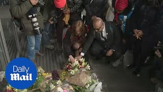 London pays solemn tribute to victims of New Zealand terror attack