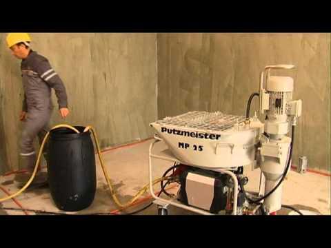 Putzmeister MP25 - Putzmeister MP25 mit Wasserblieferung über ein Wasserfaß.