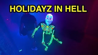 Holidayz in Hell Scare Zone  - Halloween Horror Nights 2018 (Universal Studios Hollywood, CA)