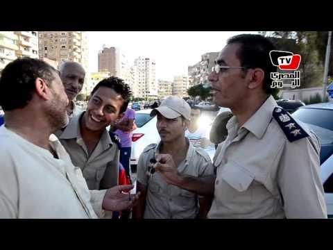 حملة مرورية بالمنصورة تعيد توك توك مخالف لصاحبه الكفيف بعد مصادرته