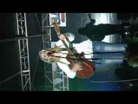 Karlien Husselman – Hy leer my om te jodel!!!