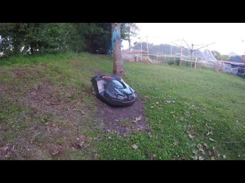 Video Husqvarna Automower steep slopes download in MP3, 3GP, MP4, WEBM, AVI, FLV January 2017
