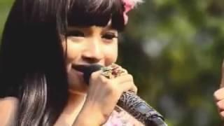 Tasya Rosmala Tangis Kelayung-layung OM ADELLA live Pasuruan Video