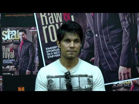 Watch Randeep Hooda at his candid best at the unveiling of the Diwali issue of StarWeek!