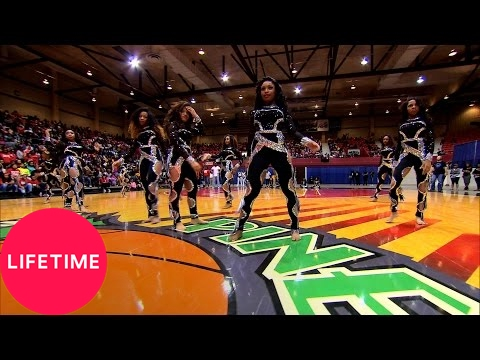 Bring It!: Stand Battle: Dolls vs. Infamous Dancerettes - Medium (Season 3, Episode 12) | Lifetime
