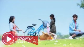 Download Lagu Ussy Feat Andhika - Kupilih Hatimu (Official Music Video NAGASWARA) #music Mp3