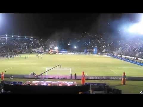 Entrada Motagua Campeon 2014 - Revolucionarios 1928 - Motagua