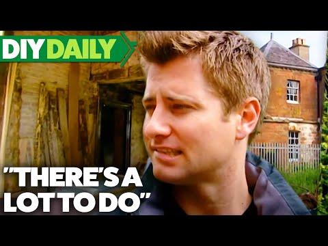 18th Century ESTATE   Build a New Life in the Country   S03E01   Home & Garden   DIY Daily