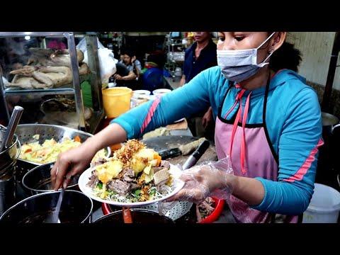 Căng bụng với tô cháo vịt gỏi vịt Bà Quẹo hơn 40 năm ở Sài Gòn | saigon travel Guide