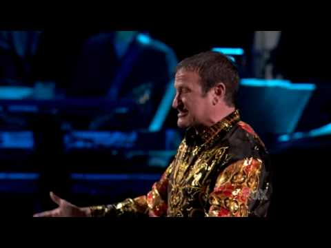 American Idol Robin Williams as Russian Idol