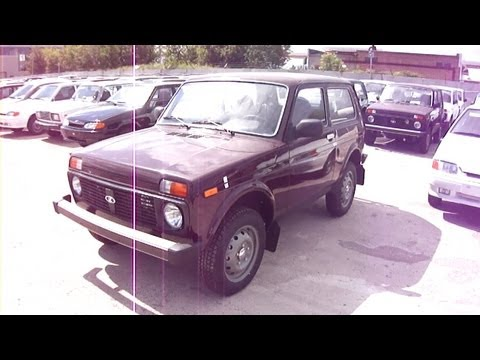 2011 Lada Niva 4×4.Start Up, Engine, and In Depth Tour.