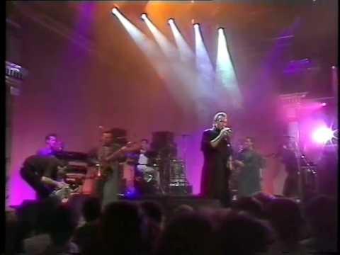 Tekst piosenki Ure Midge - Wastelands po polsku