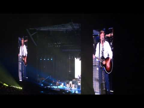 Belo Horizonte - Paul McCartney 32 LOVELY RITA 04/05/13 BH Mineirão Belo Horizonte Brazil 5-4-2013 Beatles.