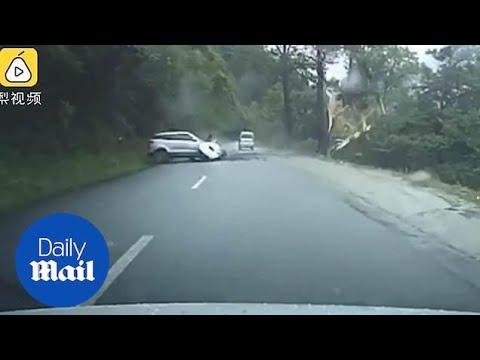 Karmiva tilanne tallentui videolle – lohkare vyöryy ja tuhoaa auton vain millisekuneissa