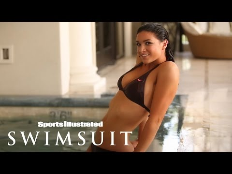 Bikini Friday - Michelle Jenneke SI Swimsuit Shoot