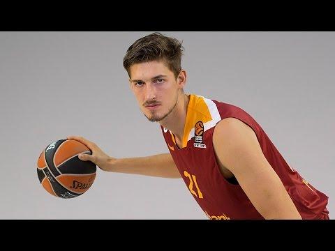 Round 8 MVP: Tibor Pleiss, Galatasaray Odeabank Istanbul