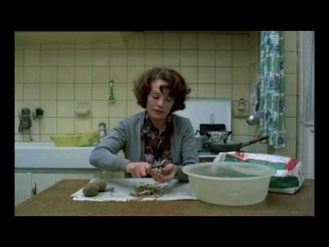 Movie - Jeanne Dielman, 23 Quai du Commerce, 1080 Bruxelles (Chantal Akerman, 1975)