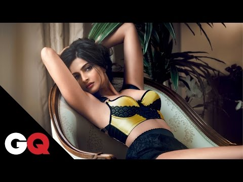 Video Sonam Kapoor Does GQ download in MP3, 3GP, MP4, WEBM, AVI, FLV January 2017