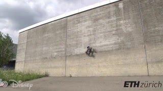VertiGo, le dernier robot de Disney roule sur les murs.