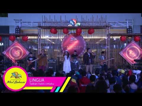 Lingua Live Performance at #Lunaromanc2017