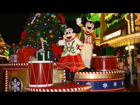 Mickey's Once Upon A Christmastime Parade at Very Merry Christmas Party - w/ Frozen, Cinderella