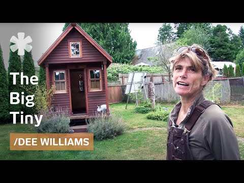 micro - Dee Williams used to live in a 2000-square-foot, 3-bedroom home. Then she traveled to Guatelama (to help build a schoolhouse) and when she came home her hou...