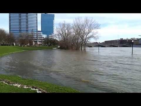 Video of the the Crazy Flooding past few days in Grand Rapids & W. Michigan.