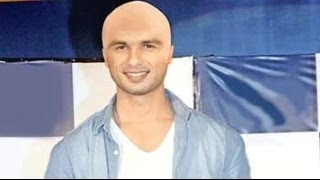 Shahid Kapoor to go bald for Haidar