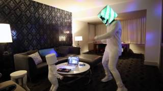 download lagu download musik download mp3 Marshmello surprises 3 year old Lethan, who dressed like him for Halloween