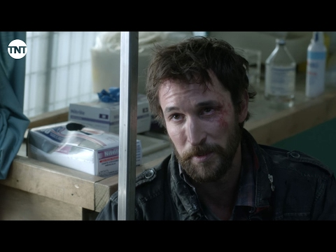 Falling Skies Season 5 (Featurette Noah Wyle - Retrospective)