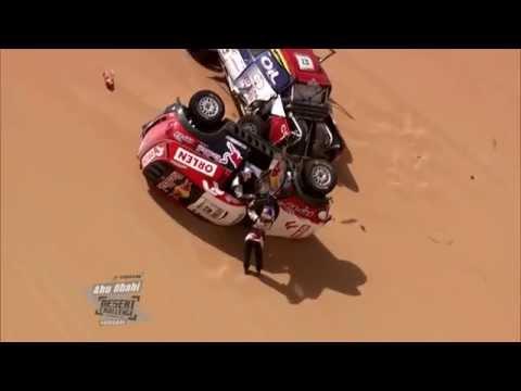 Dachowanie Małysza na rajdzie Abu Dhabi!